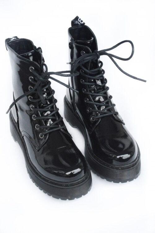 Good girl boots