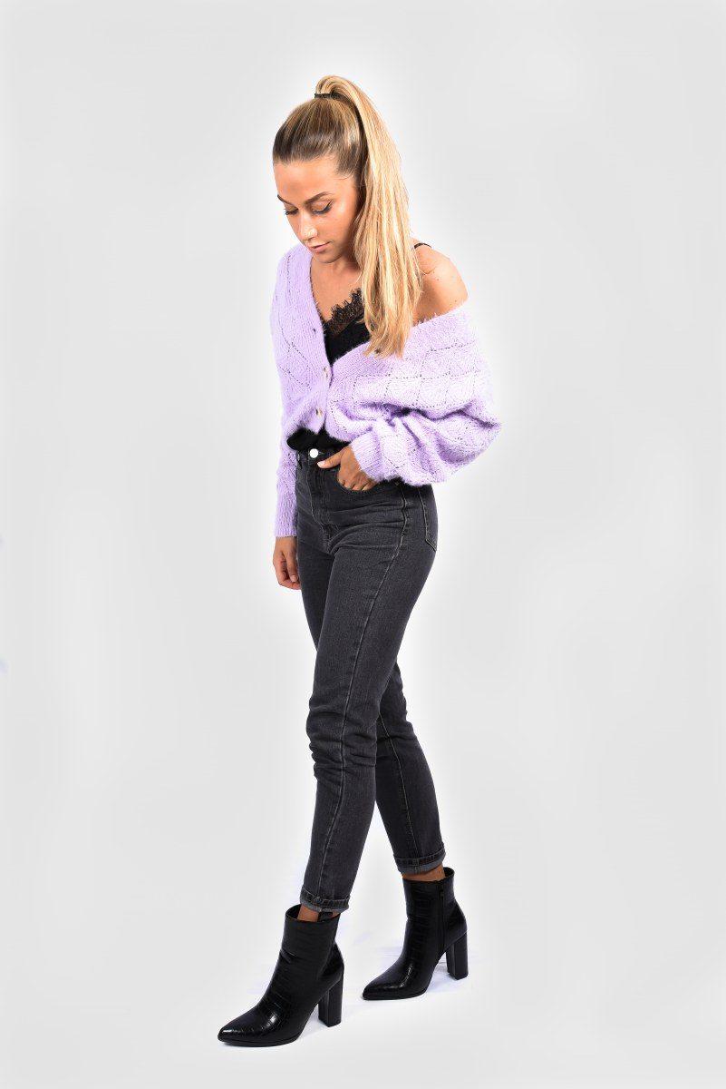 Black mom jeans